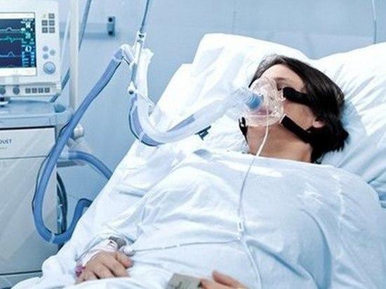 Более 100 медицинских работников в Петербурге больны коронавирусом