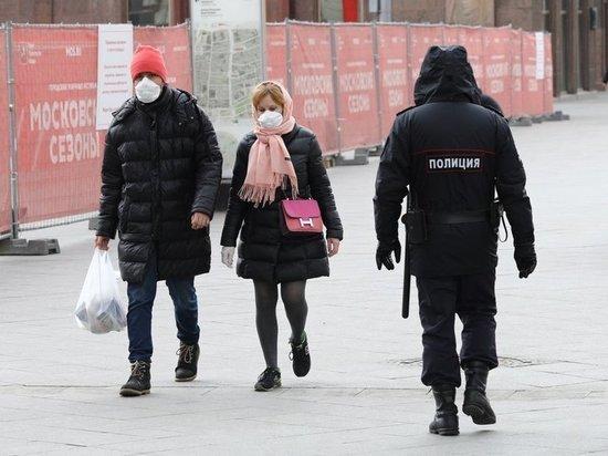 Доктор биологических наук, профессор РУДН Владимир Макаров рассказал, как обрабатывать верхнюю одежду и продукты по возвращению из магазина