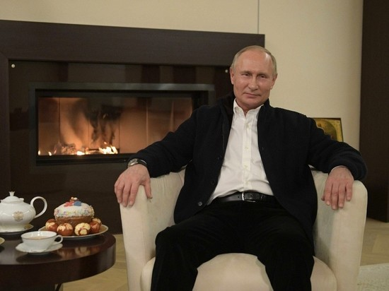 Президент поздравил россиян с Пасхой
