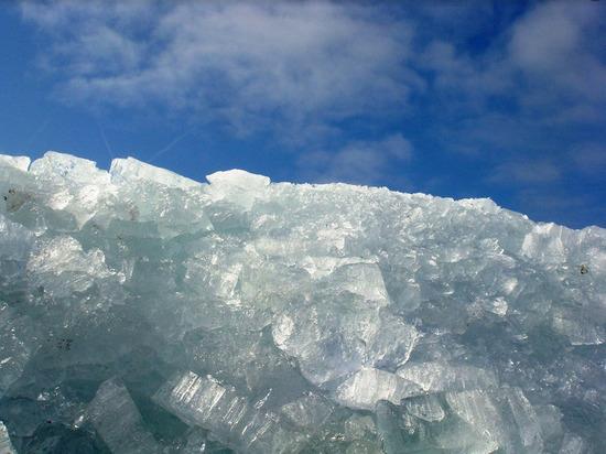 Голова ледохода в 147 км от Архангельска