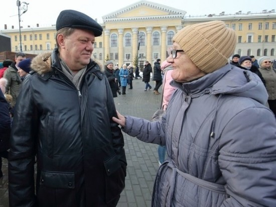 Миллиардом больше: опубликованы официальные декларации четы Кляйнов