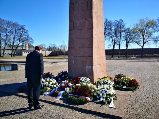 Германия: Возложения к 75-летию освобождения узников нацистских концлагерей