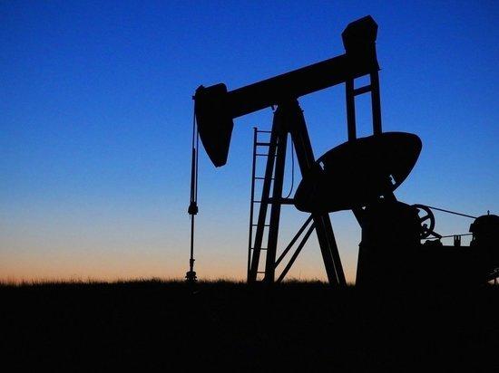 Цена нефти марки WTI впервые в истории упала ниже $9