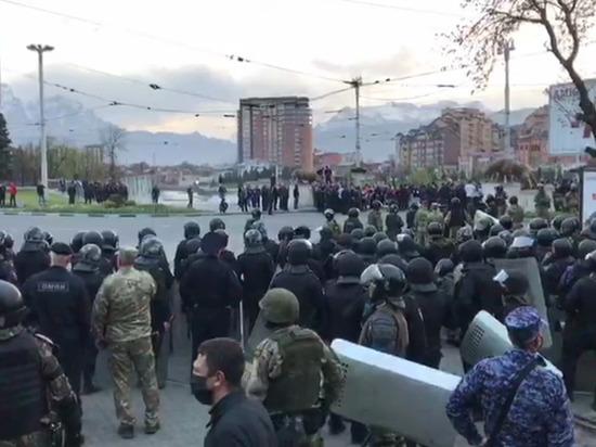 Политолог предрек волну протестов в России после беспорядков во Владикавказе