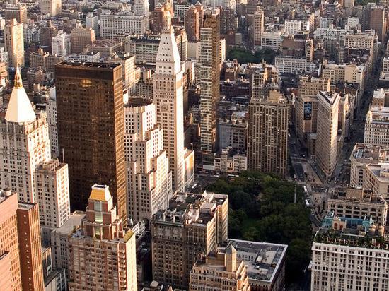 К ВОЗ предъявили иск жители пострадавшего от коронавируса округа Нью-Йорка