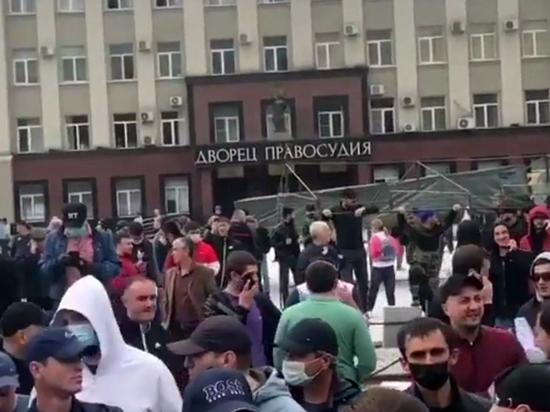 Беспорядки в Северной Осетии связали с пирами Битарова