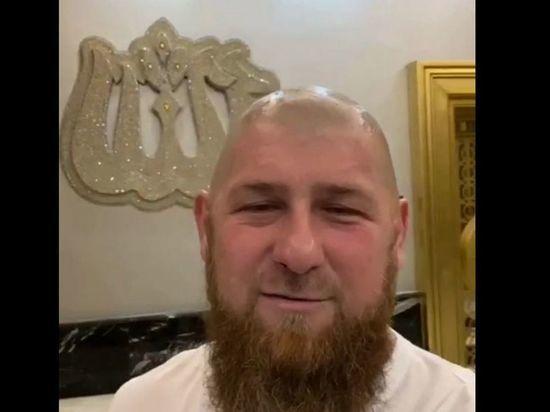 Кадыров побрился налысо в ответ на просьбы открыть парикмахерские