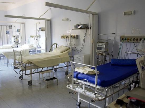 107 человек поступили в московскую больницу в Коммунарке за сутки