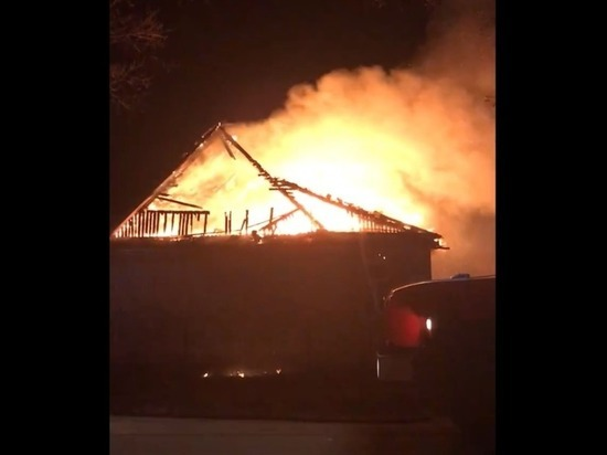 Третий частный дом за неделю сгорел в Твери