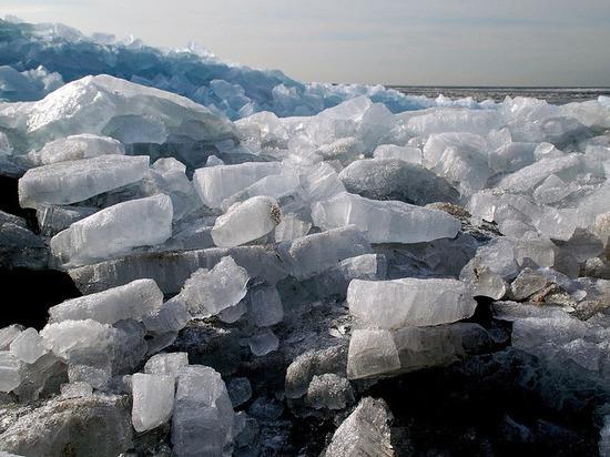 Через заторы к Архангельску идёт ледоход