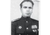 23 апреля войска 1-го Белорусского фронта, прорвав оборону германских войск, продолжали наступление восточнее Берлина