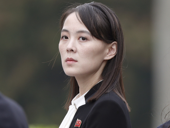 Слухи прочат Ким Ё Чжон в преемницы лидера КНДР