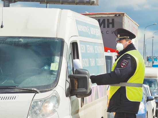 Чиновники и политики поспорили о дорожных штрафах при пандемии