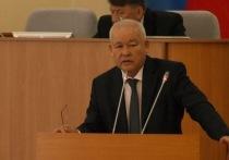 24 апреля состоится сессия Верховного Совета республики Хакасия, на которой депутатам предстоит принять крайне ответственное решение: принять или отвергнуть отчет  главы Хакасии...