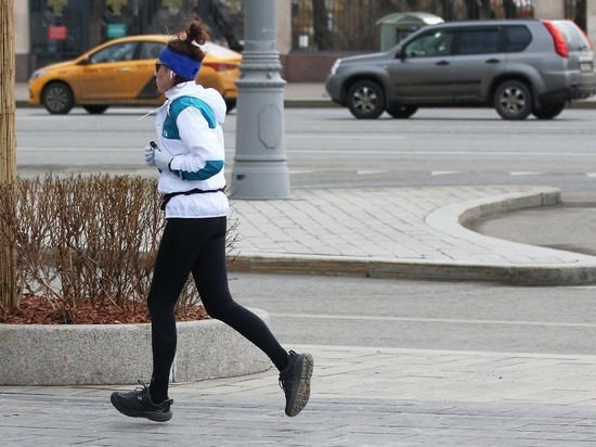 В Москве могут разрешить одиночные утренние пробежки