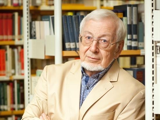 """Переводчик нобелевских лауреатов объяснил, почему его """"клиенты"""" непонятны простым читателям"""
