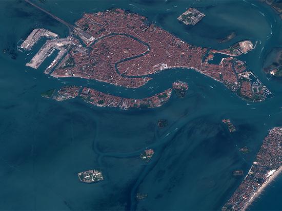 Космические снимки Венеции оставили печальное впечатление
