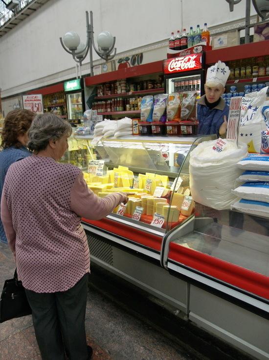Вслед  за ростом цен  в Саратов может прийти дефицит продуктов  питания
