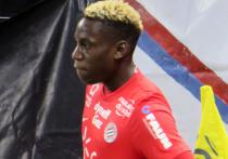 Во Франции в реанимацию с подозрением на COVID-19 попал 23-летний игрок «Монпелье» Джуниор Самбия, как сообщает L'Equipe