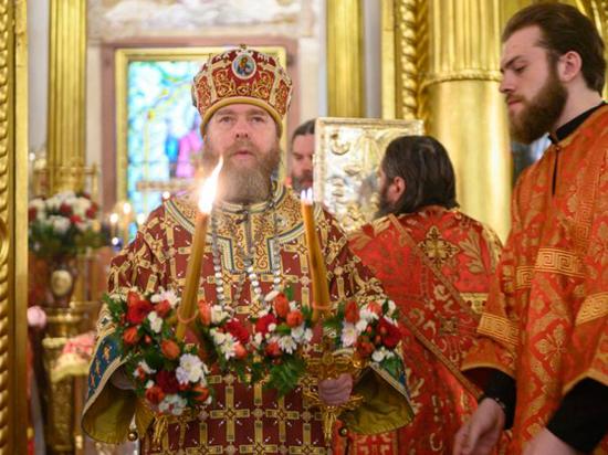 Ранее священник опроверг сообщения о своей болезни