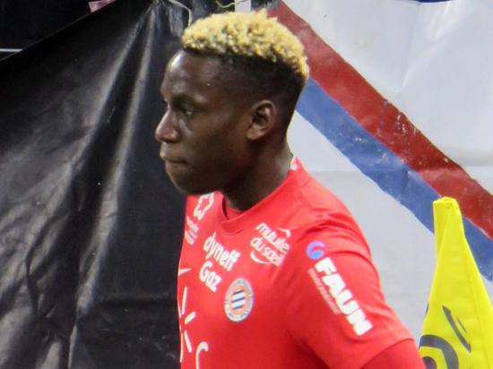 COVID-19 у футболиста «Монпелье» не даст возобновить чемпионат Франции