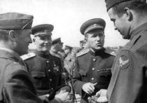 Российское военное ведомство обнародовало подборку фотографий, сделанных в апреле 1945 года во время встречи советских и американских войск на Эльбе в Германии