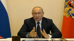 Путин с тревожным видом объявил продление самоизоляции на майские