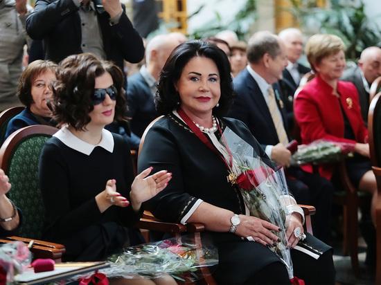 Супруг Надежды Бабкиной озвучил сроки ее выписки из больницы