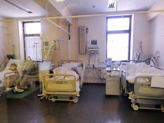 Нейрохирург раскрыл подробности исследований коронавируса: поражает не только легкие
