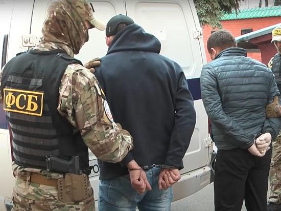 ФСБ задержала преступников, вывозивших из России тонны драгоценных металлов