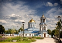 Как курский владыка изгонял скверну их Покровского собора Воронежа