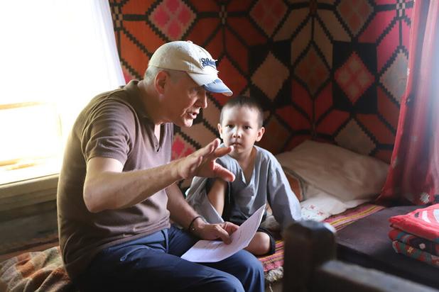 Александр Галибин сыграл вирусолога и уверен: выжить после – это неправильно