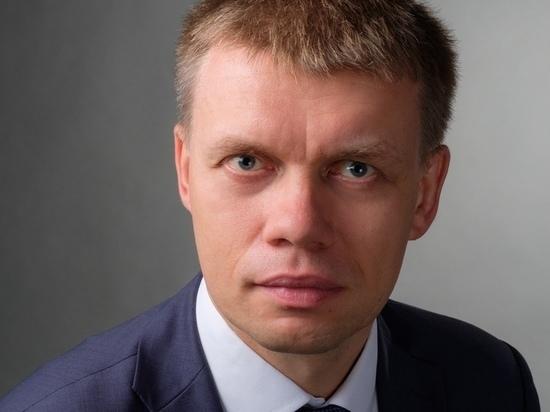 Московский депутат закопался в мусор