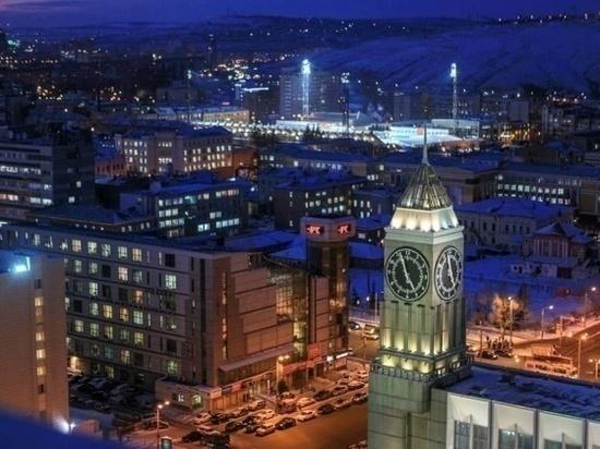 «Не айтишники мы, не менеджеры»: главные часы города изменили мелодию из-за Первомая
