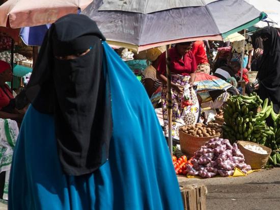 Судан запретил женское обрезание