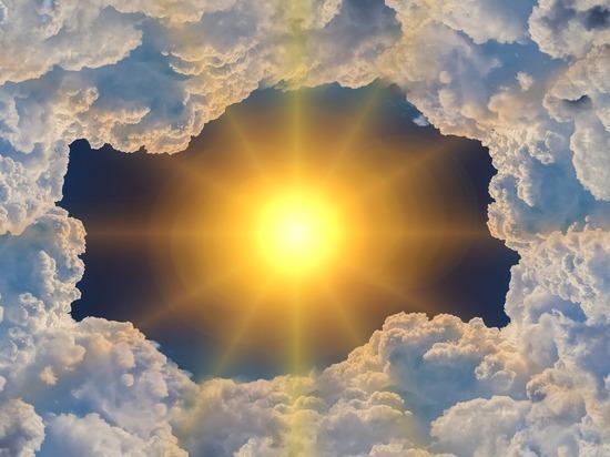 Над Арктикой затянулась огромная озоновая дыра