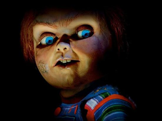 Сценарист фильмов ужасов про куклу Чаки покончил с собой
