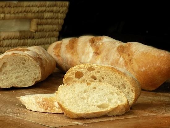 «Бесплатный прилавок» в Ставрополе безвозмездно кормит нуждающихся