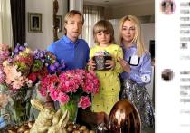 Рудковская снова ответила на слухи о