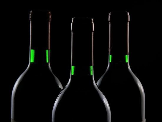Россияне нашли спасение от коронавирусного кризиса в алкоголе