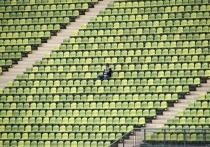 Если спорт и вернется в ближайшее время, то без присутствия зрителей