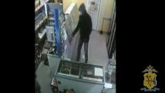 В Кирове грабителя в медицинской маске задержали по горячим следам
