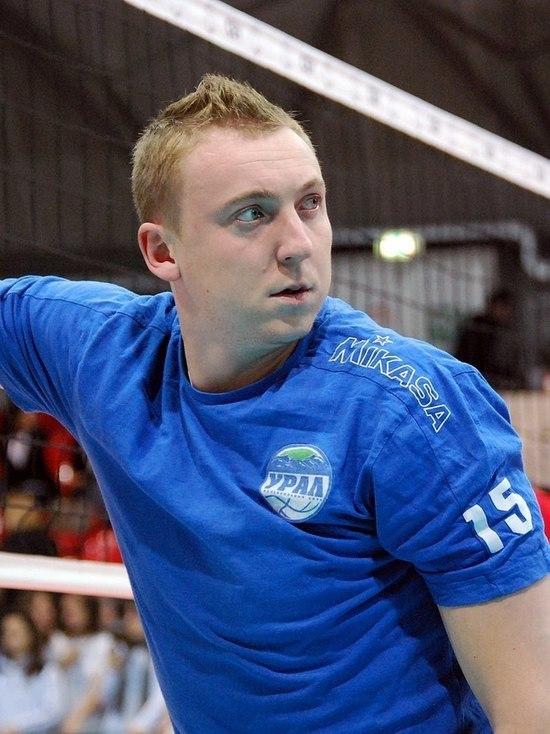 В Москве гастарбайтеры с ножом напали на волейболиста Спиридонова