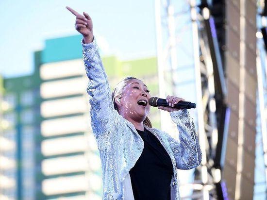 Певица рассказала о переживаниях за близких, самоизоляции и продуктах, полезных на карантине
