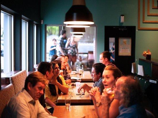 Германия: каждый третий ресторан под угрозой банкротства