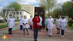 """Медики БСМП в Калуге исполнили """"День Победы"""""""