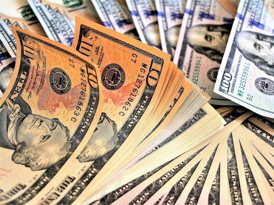 Китай может обвалить курс доллара, продав часть госдолга США