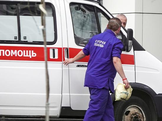 Трехлетний мальчик погиб, напоровшись на арматуру при падении с дерева