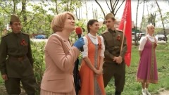 В Серпухове под окнами ветеранов провели концерт в честь Дня Победы