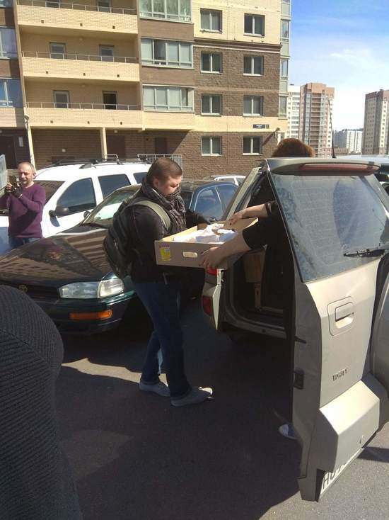 В Петербурге стали угрожать активистам, раздающим обеды нуждающимся